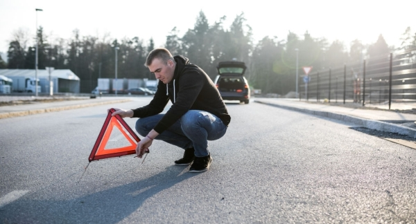 Urgentaauto Cautati O Platforma Auto Disponibila Imediat?